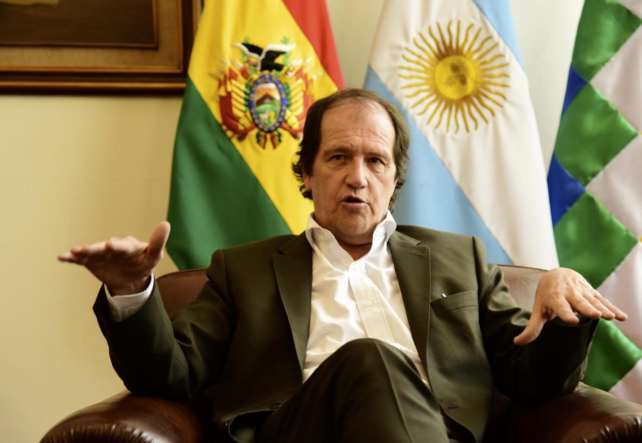 EMBAJADOR ARGENTINO: «EN BOLIVIA, UN AÑO DE GOBIERNO DE ÁÑEZ FUE COMO CUATRO DE MACRI»
